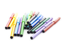 Ensemble de stylos feutres sur le fond blanc Photo libre de droits
