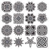 Ensemble de symboles sacrés abstraits de la géométrie dans le style celtique de noeuds Photo libre de droits