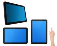 Ensemble de tablettes interactives d'écran tactile avec la main Images libres de droits