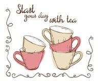 Ensemble de tasses vides de vintage pour le thé décoré des gribouillis Images stock