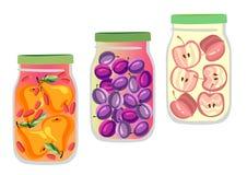 Ensemble de trois pots naturels de confiture de fruit Confiture d'oranges de poire, de prune et de pomme d'isolement sur le blanc illustration stock