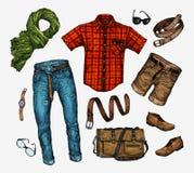 Ensemble de vêtements à la mode des hommes s Équipez le foulard d'homme, chemise, sac, jeans, pantalon, shorts, ceinture en cuir, Photographie stock