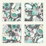 Ensemble de vecteur de cartes carrées Formes abstraites tirées par la main, griffonnages, spirales Souille des taches d'american  Photographie stock