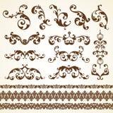 Ensemble de vecteur d'éléments calligraphiques de conception de décoration ornementale décorative de page de vintage pour l'invit Image libre de droits