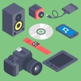 Ensemble de vecteur d'illustration isométrique de la communication mobile 3d de technologies du sans fil d'icônes de dispositifs  Image stock