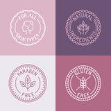 Ensemble de vecteur d'insignes et d'emblèmes dans le style linéaire à la mode illustration de vecteur