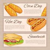 Ensemble de vecteur de bannières tirées par la main d'aliments de préparation rapide avec le chien de maïs, le hot-dog et le sand Image libre de droits