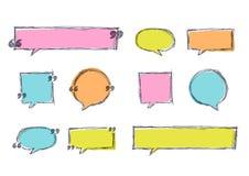Ensemble de vecteur de calibre de blanc de citation dans des couleurs en pastel Milieux de bannière de croquis et cadres tirés pa illustration stock