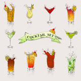 Ensemble de vecteur de cocktails en couleurs illustration libre de droits