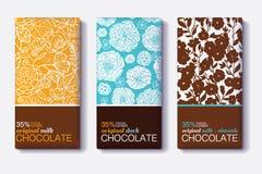 Ensemble de vecteur de designs d'emballage de barre de chocolat avec les modèles floraux modernes Lait, obscurité, amande Emballa illustration de vecteur