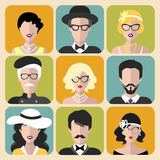 Ensemble de vecteur de différentes rétros filles d'aileron dans différents verres et hommes de vintage de formes dans le style pl illustration stock