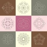 Ensemble de vecteur de neuf ornements calligraphiques de spirale ronde d'escargot illustration de vecteur