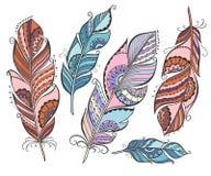 Ensemble de vecteur de plumes colorées ethniques Photos stock