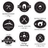 Ensemble de vecteur de vintage de logo-insignes de raseur-coiffeur (salon de coiffure) Hippie et rétro style Photos stock