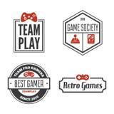 Ensemble de vecteur de manette de jeu de jeu dans le style de vintage Concevez les éléments, les icônes, le logo, les emblèmes et Photo stock