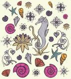 Ensemble de vie marine Créatures et animaux mignons Faune sous-marine Illustration tirée par la main Éléments pour la conception Images libres de droits