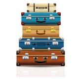 Ensemble de vieilles rétros valises fermées de vintage Photo stock
