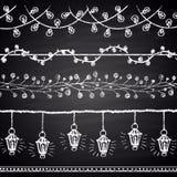 Ensemble dessiné par craie de brosses de Noël Lumières, guirlandes Nouveau thème heureux de 2017 ans Collection de frontière Image libre de droits