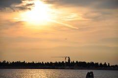 Ensemble du soleil de Venise images stock
