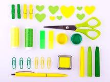 Ensemble fabriqué à la main dans des tons verts et jaunes Images stock