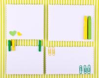 Ensemble fabriqué à la main dans des tons verts et jaunes Image stock