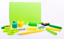 Ensemble fabriqué à la main dans des tons verts et jaunes Photographie stock libre de droits