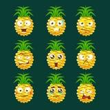 Ensemble facial émotif différent d'Emoji Portaraits Fith Expressiona de bande dessinée d'ananas d'autocollants de bande dessinée Images stock