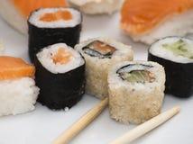 Ensemble japonais savoureux de sushi Image libre de droits