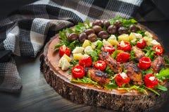 Ensemble méditerranéen de casse-croûte de vin d'antipasti Photo stock
