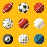 Ensemble plat d'icône. Boule de sport Images libres de droits