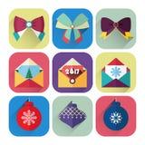Ensemble plat d'icône de nouvelle année de boule de Noël, d'arcs et de carte de voeux Photos libres de droits