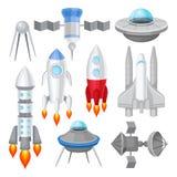 Ensemble plat de vecteur de divers vaisseaux spatiaux Rocket avec le feu de moteur, grande navette spatiale, soucoupes volantes é illustration stock