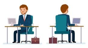 Ensemble prêt à employer de création de caractère Homme d'affaires s'asseyant à la table et travaillant sur l'ordinateur Images libres de droits