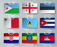 Ensemble réaliste de drapeaux du papier des pays avec des bandes illustration de vecteur
