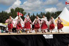 Ensemble roumain de danse folklorique de Balada Photos stock