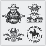 Ensemble sauvage d'ouest d'emblèmes de vintage de shérif et de cowboy, de labels, d'insignes et d'éléments de conception illustration stock