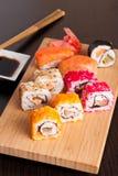 Ensemble savoureux japonais de sushi Photo stock