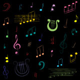 Ensemble tiré par la main de symboles de musique Clef triple de griffonnage coloré, Bass Clef, notes et lyre sur le noir Photographie stock libre de droits