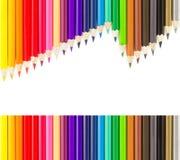 Ensembles de crayons colorés dans les lignes Photographie stock libre de droits