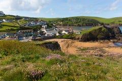 Ensenada costera del sur Inglaterra Reino Unido de la esperanza del pueblo de Devon cerca de Kingsbridge y de Thurlstone Imagen de archivo