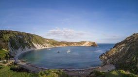 Ensenada de Lulworth en Dorset - vídeo del lapso de tiempo metrajes