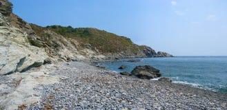 Ensenada en la costa bermellona Imagenes de archivo