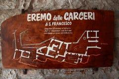 Ensine o eremitério de St Francis de Assisi, paz e bem Foto de Stock