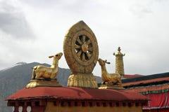 Ensinos da Buda no templo de Jokhang em Tibet fotos de stock royalty free
