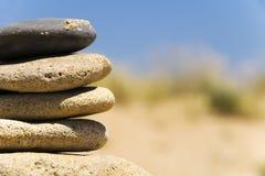 ensliga stenar Arkivfoto