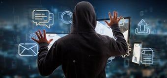 Entailler d'homme dispositifs reliés à un rendu du réseau 3d de multimédia de nuage photos stock