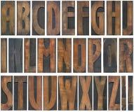 Entalhe de madeira das letras Imagens de Stock