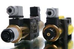 Entalhe dois elétrico imagens de stock