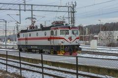 ENTALHE Rc2 008 da locomotiva TÃ… Fotografia de Stock Royalty Free