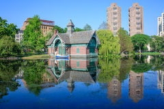 Entdeckung-Mitte Charles-A Dana Discovery Center - Central Park, New York City lizenzfreie stockfotos